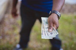 Don't pay fringe in cash